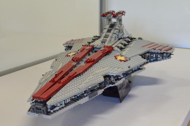 Ucs Venator Class Star Destroyer Find On Ebay